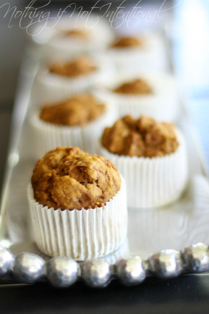 Kid-friendly, healthy pumpkin muffin recipe--no oil!
