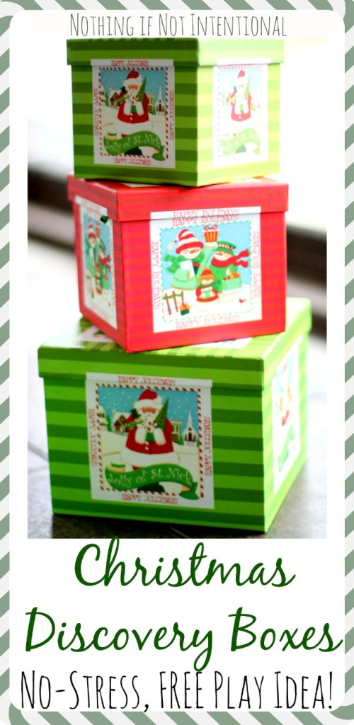 Christmas Discovery Boxes--simple, sweet, and FREE way for little ones (especially babies and toddlers!) to play at Christmastime.