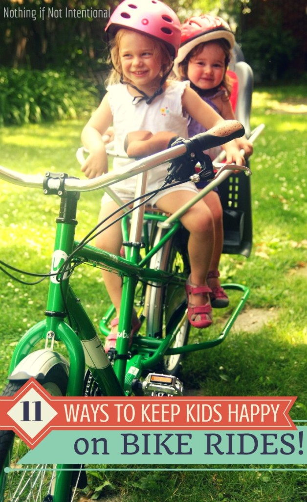 11 ideas to make the family bike rides more fun for little kids