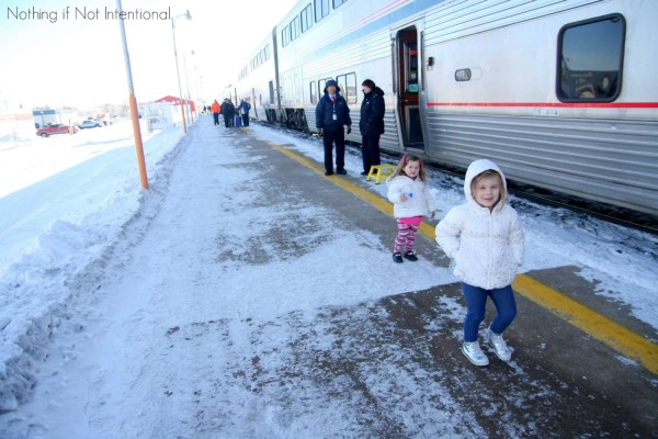 Train Travel USA! 25 Things you need to know before you take a train trip with kids