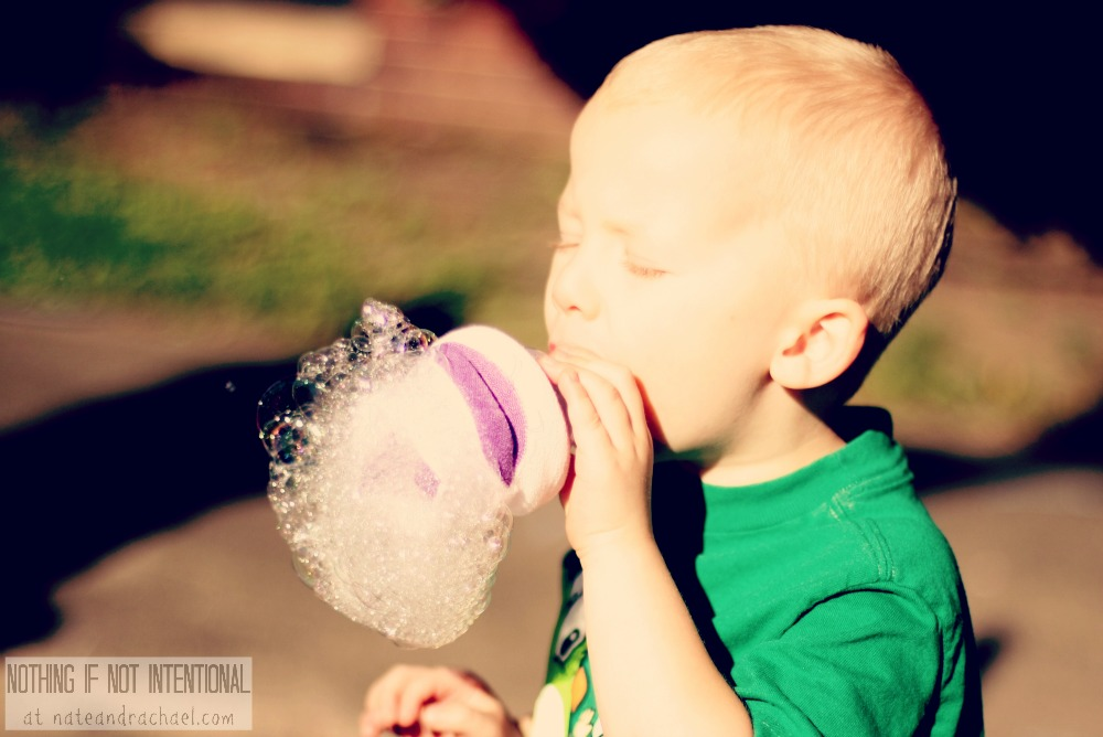 Bubbles! Make a bubble bar for a birthday party or play date.