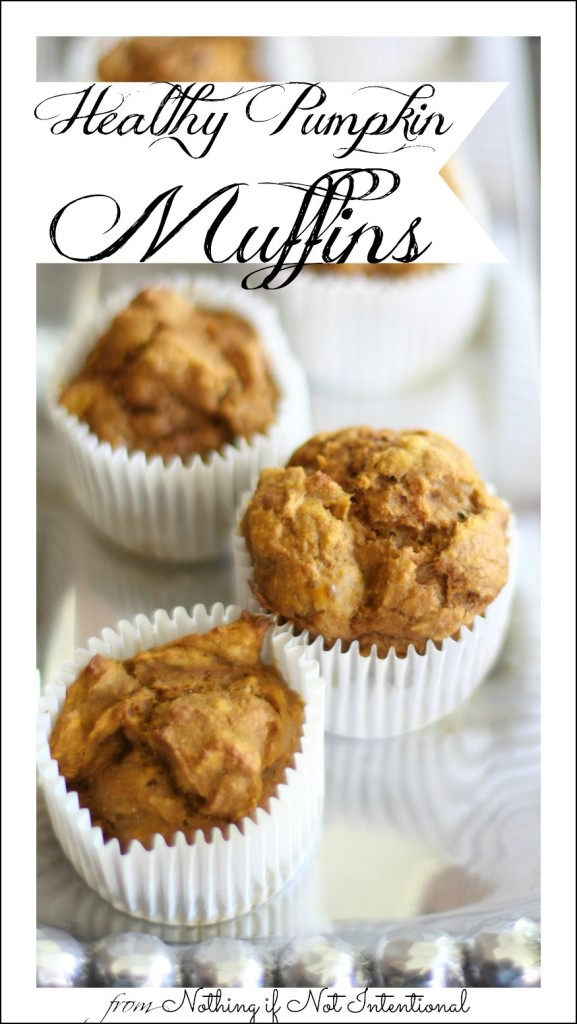 Healthy, easy pumpkin muffin recipe--no oil!