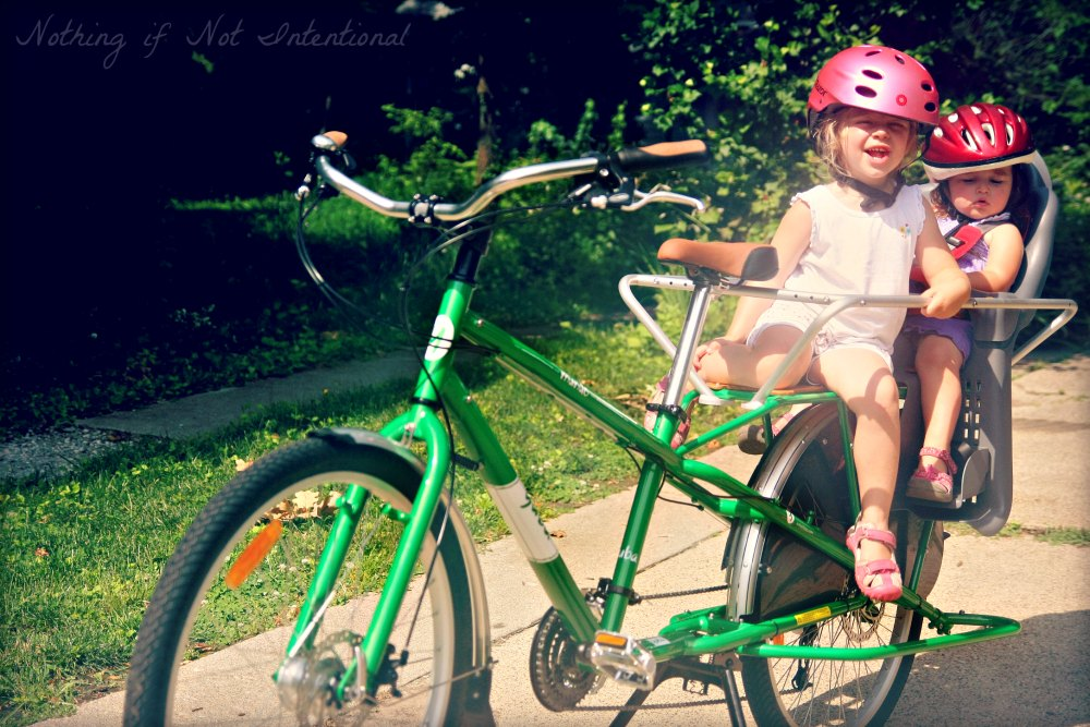 Kids on bikes--11 ways to make the ride in bike seats and trailers more fun for kids (Picture: Kids on a Yuba Mundo)