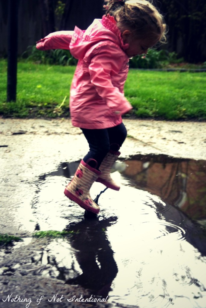 Don't let the rain get you down! 10 ideas for playing outside on a rainy day.